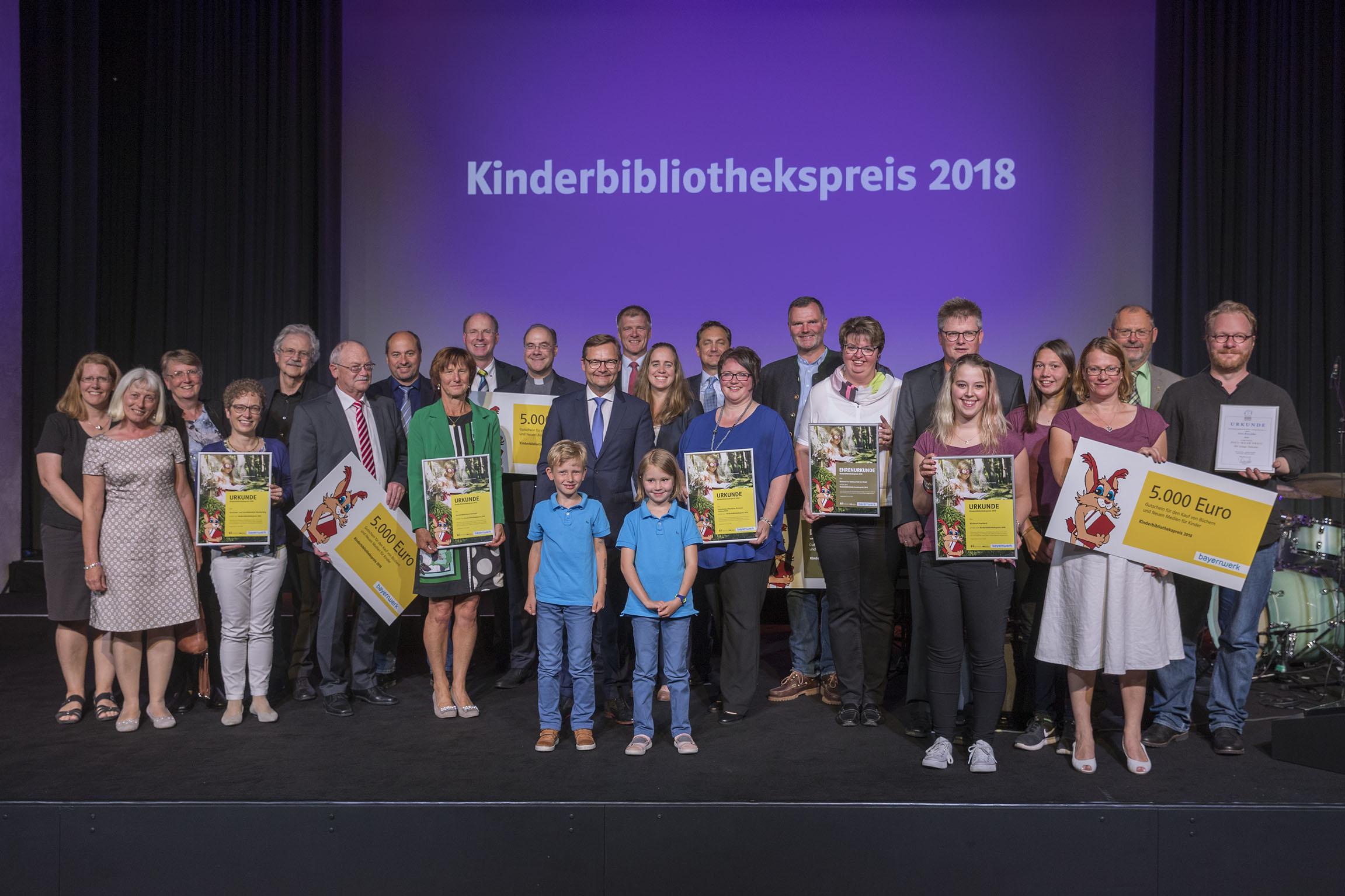 Verleihung Kinderbibliothekspreis 2018 und Paul-Maar-Preis Preisträger Bayernwerk AG Aurelium Lappersdorf Foto: altrofoto.de